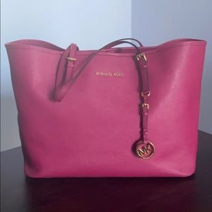 Michael Kors Jet Set Pink Tote bag
